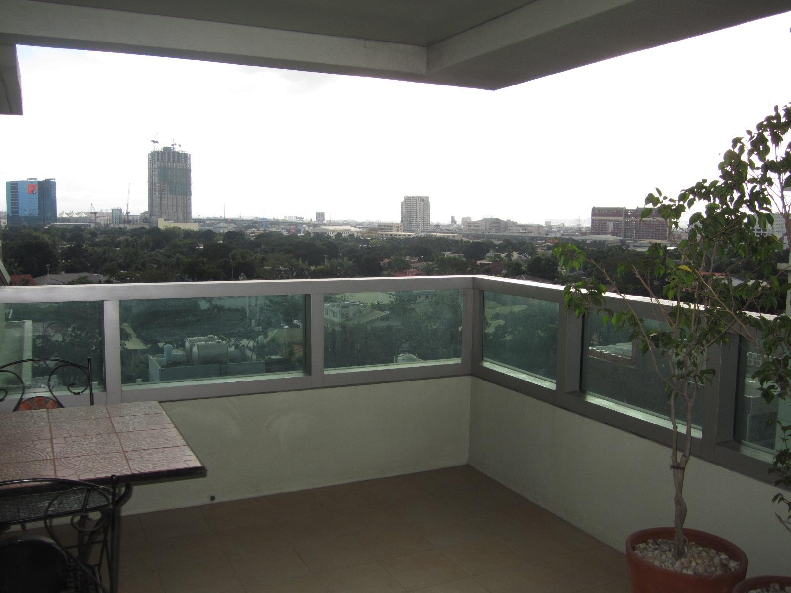 FOR SALE: Apartment / Condo / Townhouse Manila Metropolitan Area > Makati 7