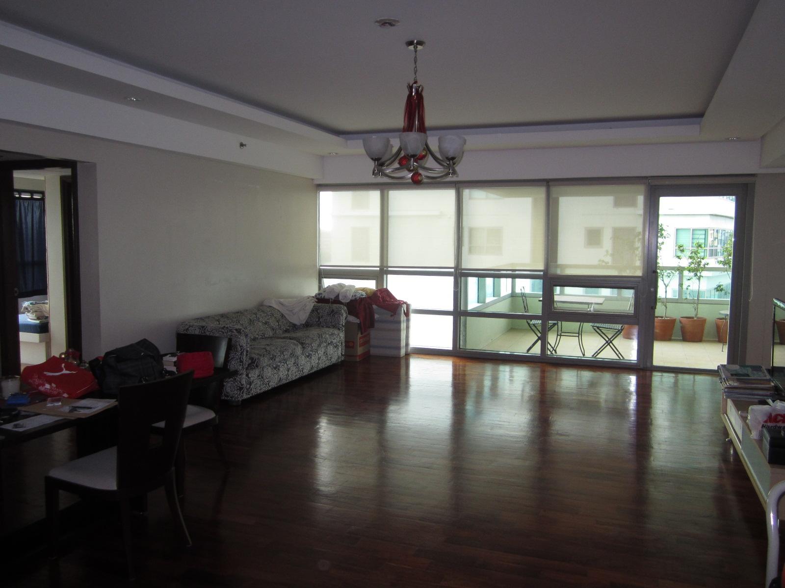 FOR SALE: Apartment / Condo / Townhouse Manila Metropolitan Area > Makati 10