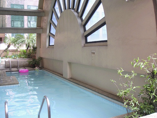 Swimming Pool - http://www.renttoown.ph