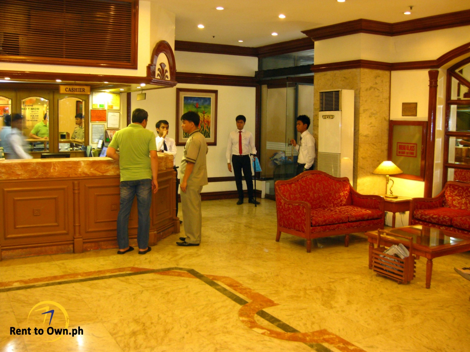 Main Lobby - http://www.renttoown.ph