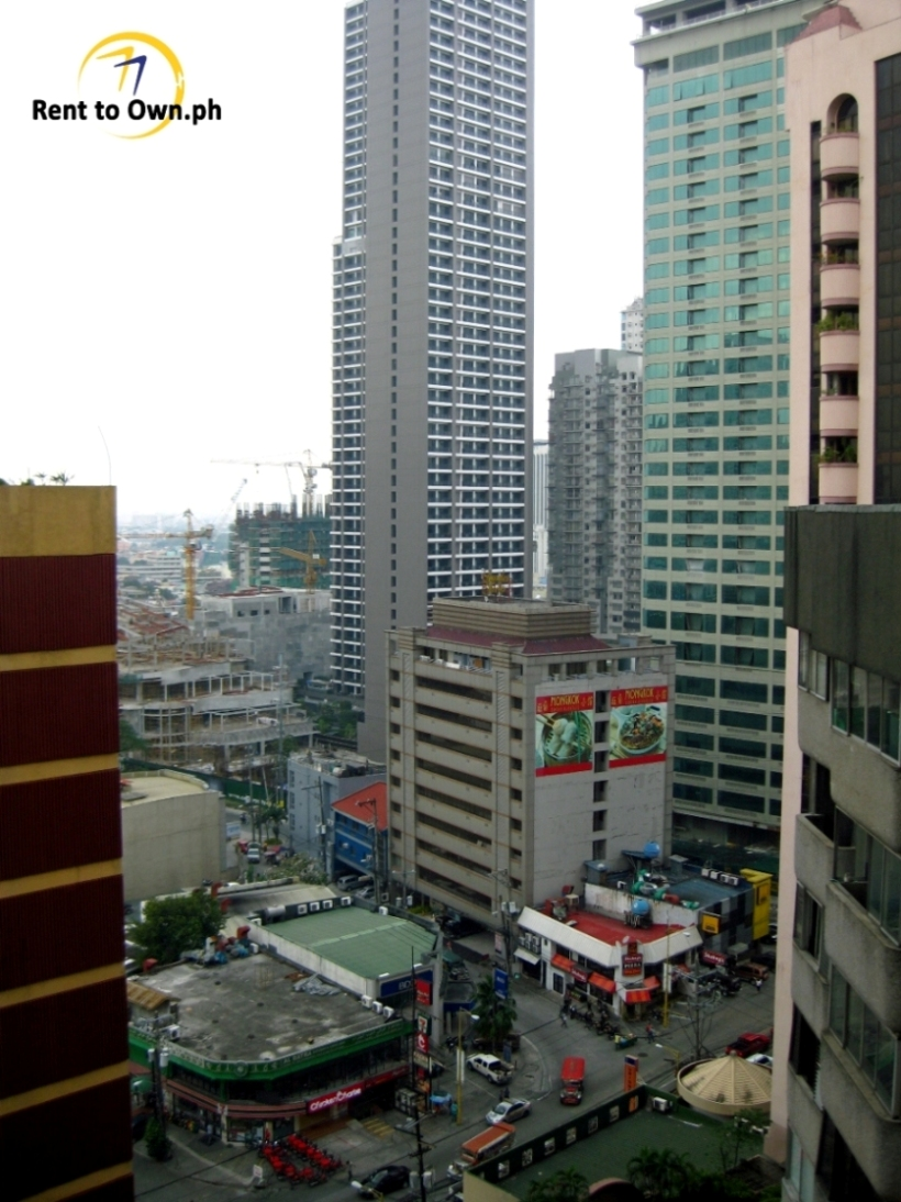 View from Unit - http://www.renttoown.ph