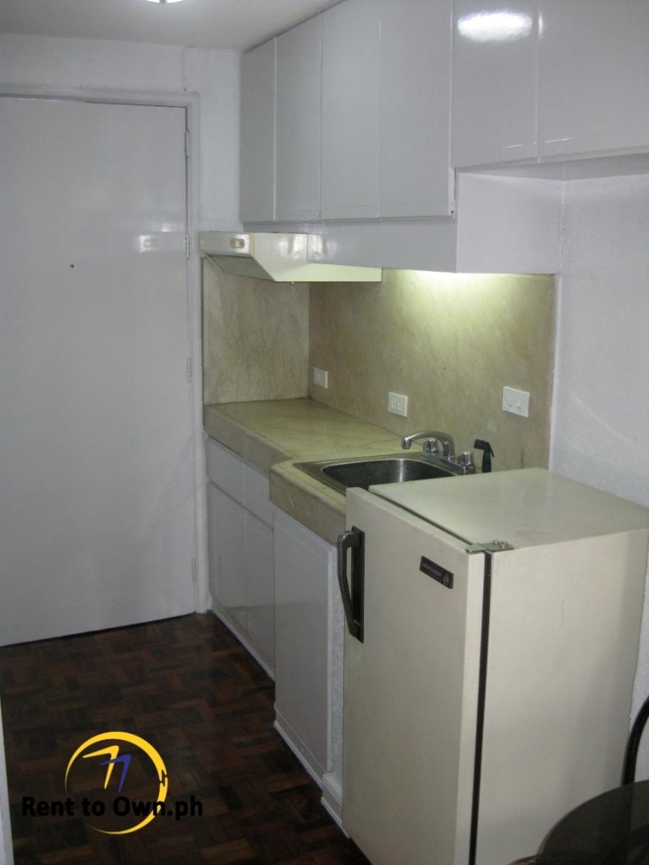 Kitchen - http://www.renttoown.ph