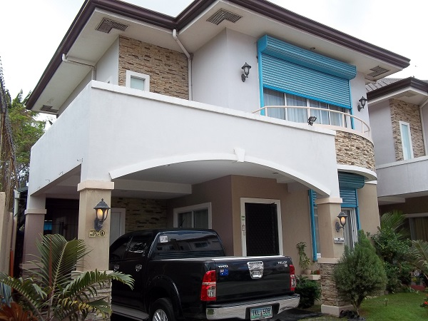 FOR RENT / LEASE: House Cebu > Other areas