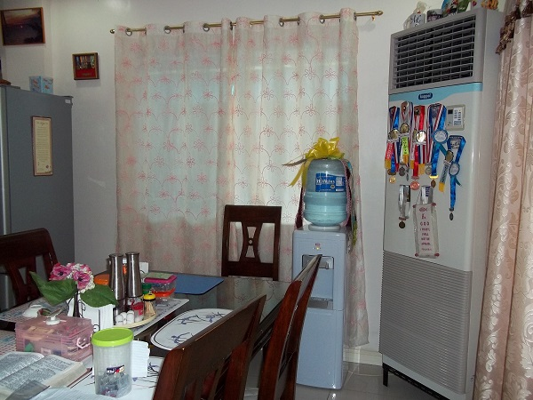 FOR RENT / LEASE: House Cebu > Other areas 5