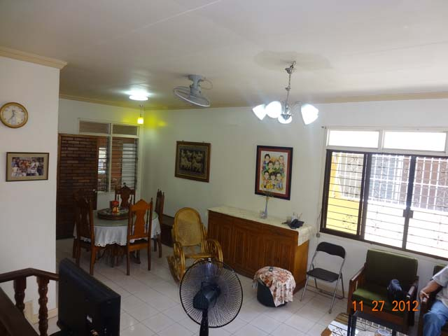 FOR SALE: House Davao 6