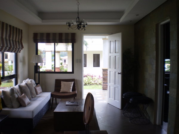 FOR SALE: House Cavite 30