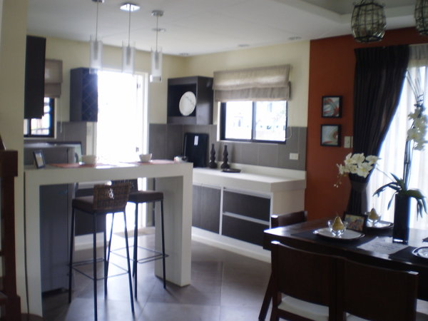 FOR SALE: House Cavite 41
