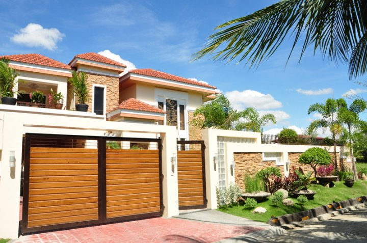 FOR SALE: House Iloilo > Other areas 1