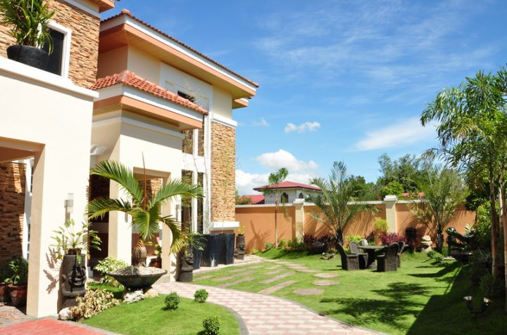 FOR SALE: House Iloilo > Other areas 2