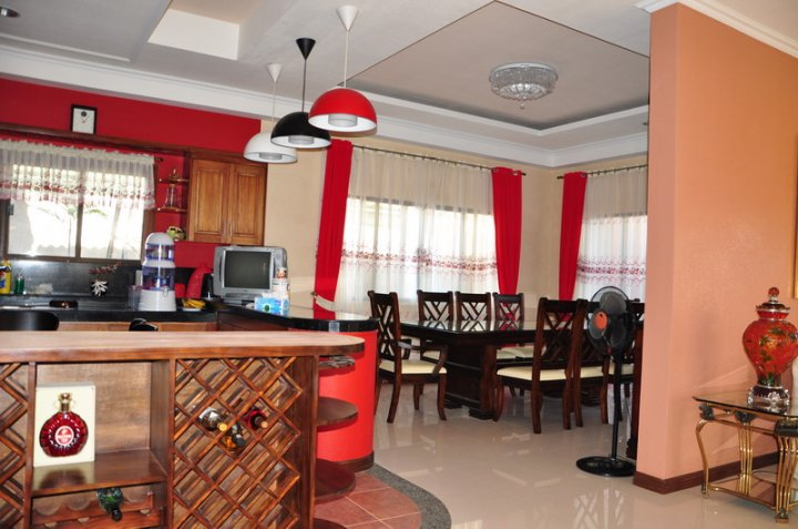 FOR SALE: House Iloilo > Other areas 17