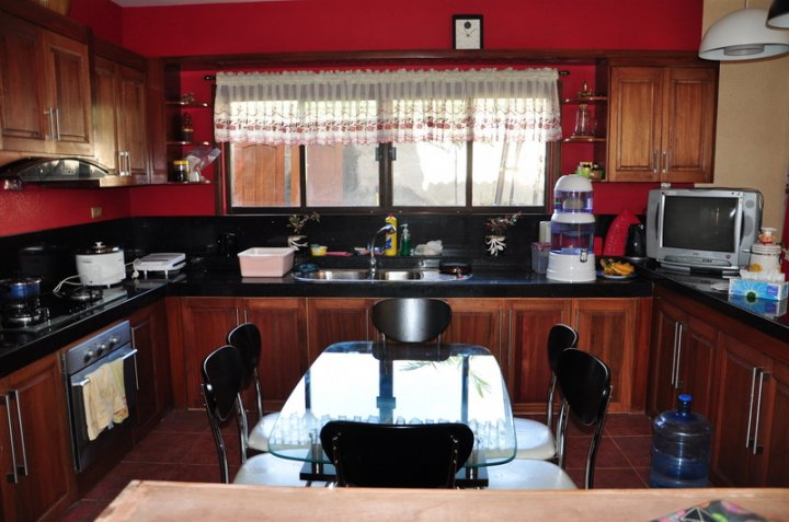 FOR SALE: House Iloilo > Other areas 18