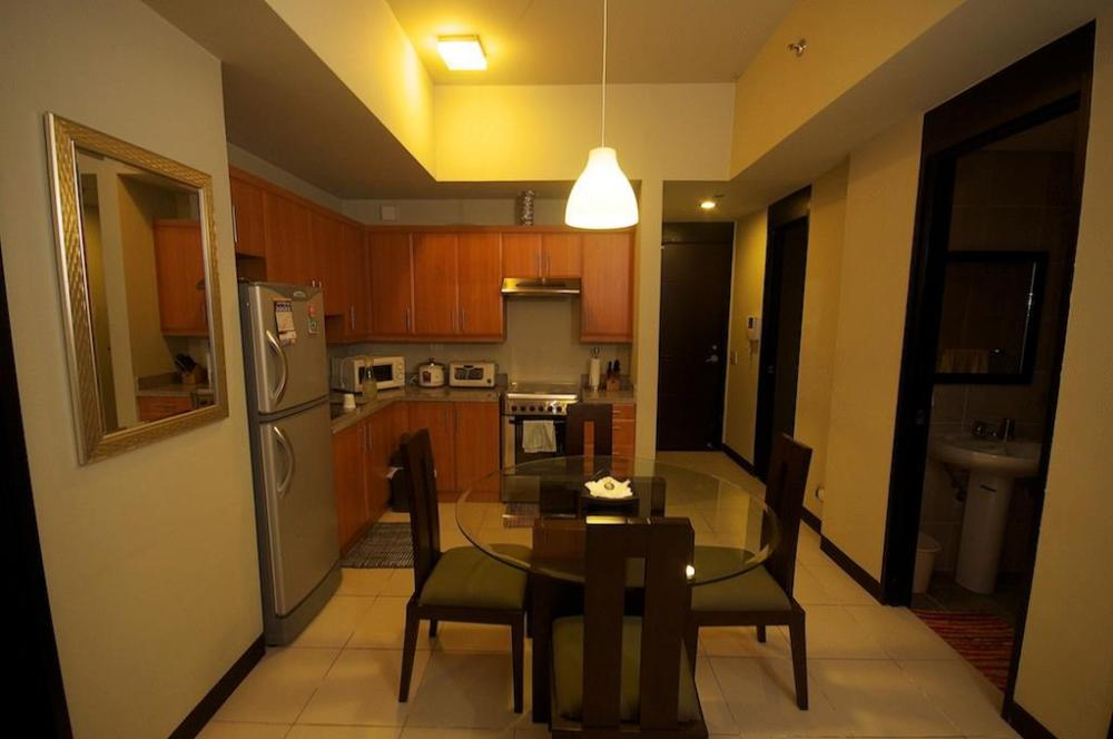 FOR SALE: Apartment / Condo / Townhouse Manila Metropolitan Area > Pasay 0