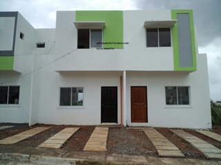 Duplex lot area 65 floor area 57 2br/1t&b