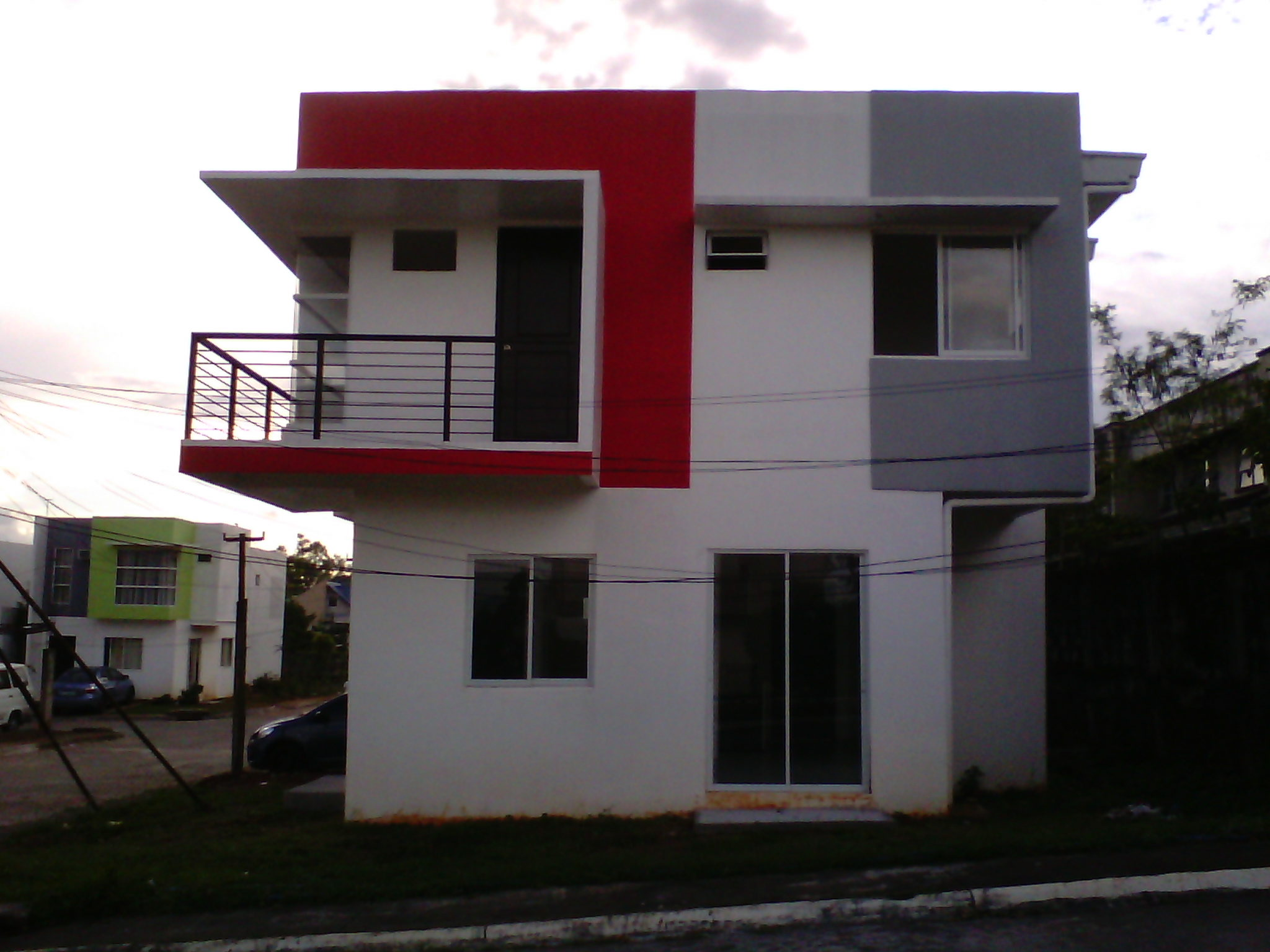 Single detached lot area 130 floor area 78 4br/3 t&b