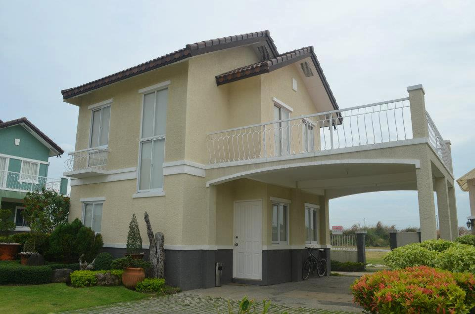 Charlotte 3 bedroom from Alabang