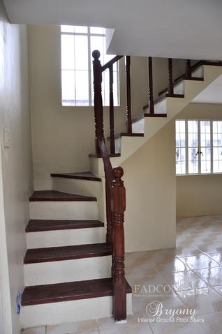 FOR SALE: Apartment / Condo / Townhouse Cavite > Dasmarinas 8