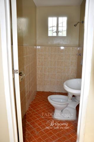 FOR SALE: Apartment / Condo / Townhouse Cavite > Dasmarinas 12