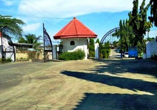 ROYALE CEBU ESTATES ENTRANCE -GUARDED GATE