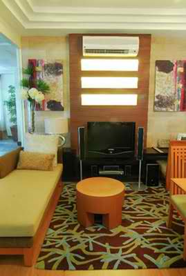 RENT TO OWN: Apartment / Condo / Townhouse Manila Metropolitan Area > San Juan 1
