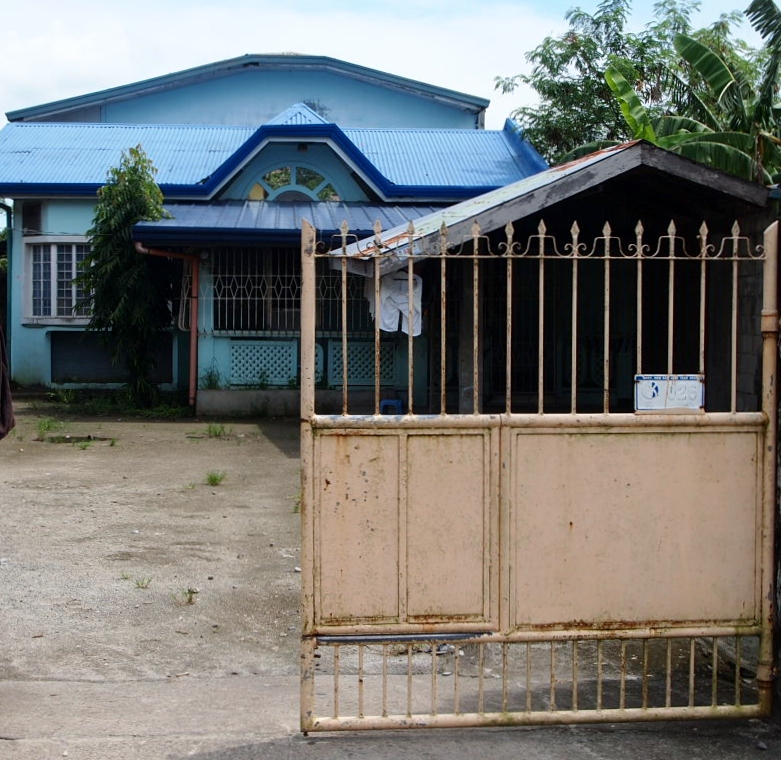 FOR SALE: House Bataan