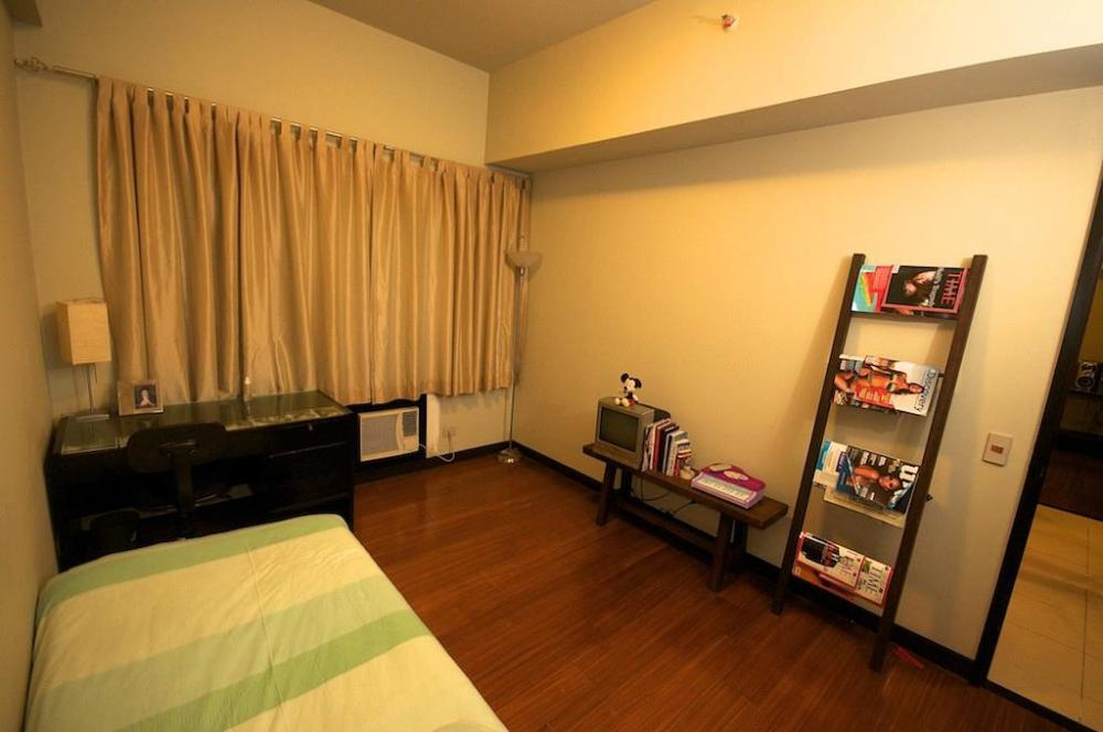 FOR SALE: Apartment / Condo / Townhouse Manila Metropolitan Area > Pasay 3
