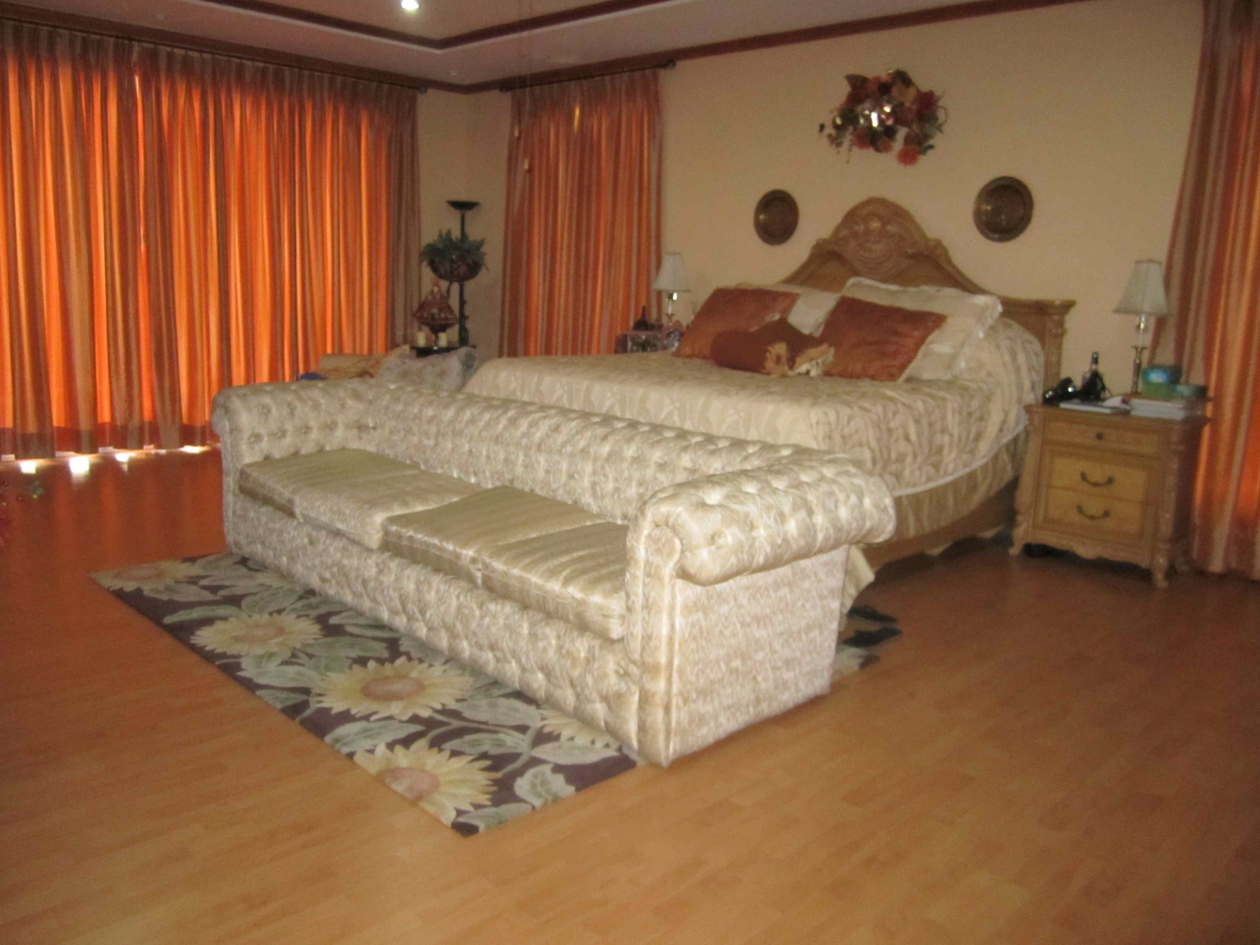 FOR SALE: House Abra 26