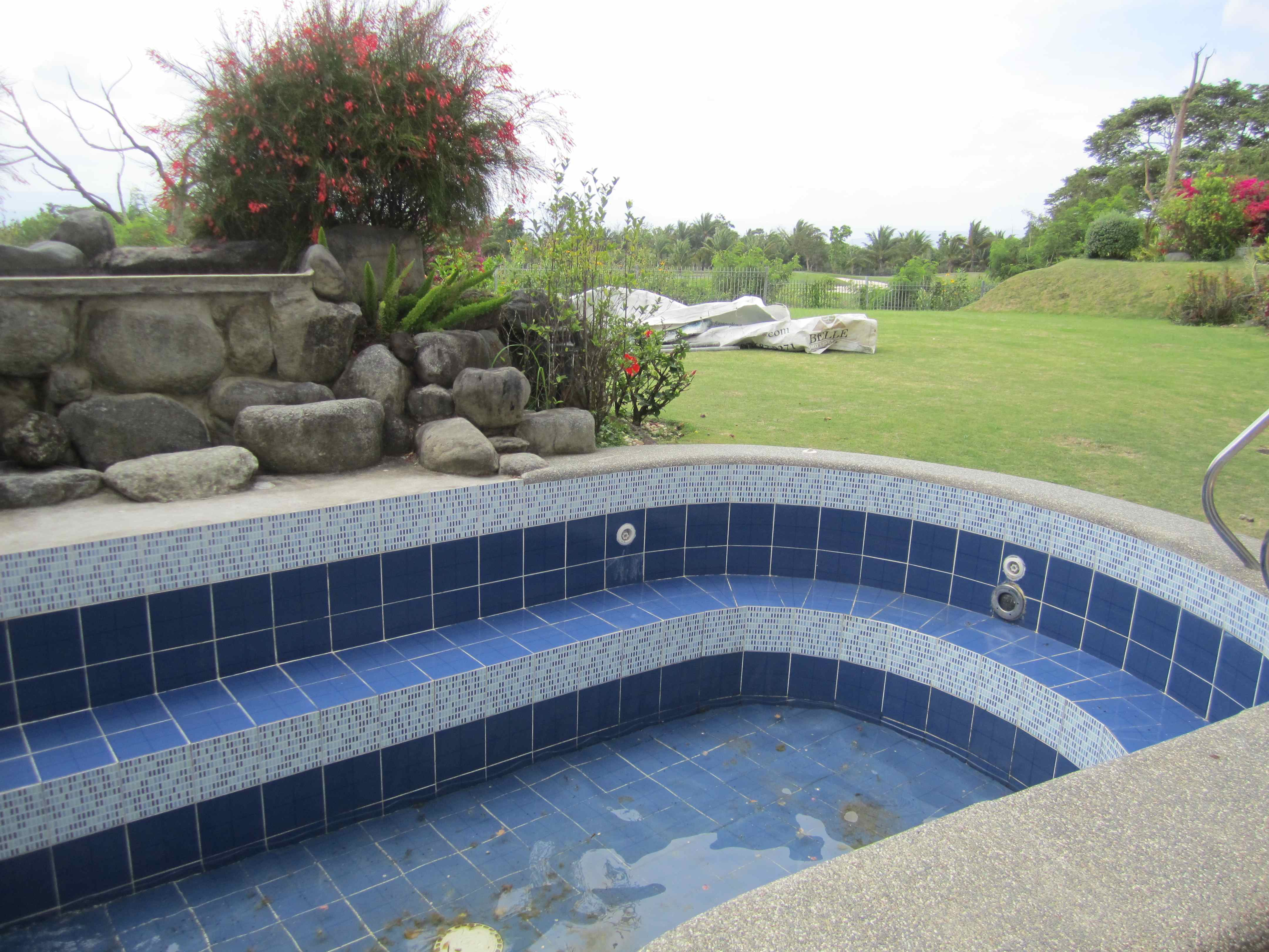 FOR SALE: House Abra 28