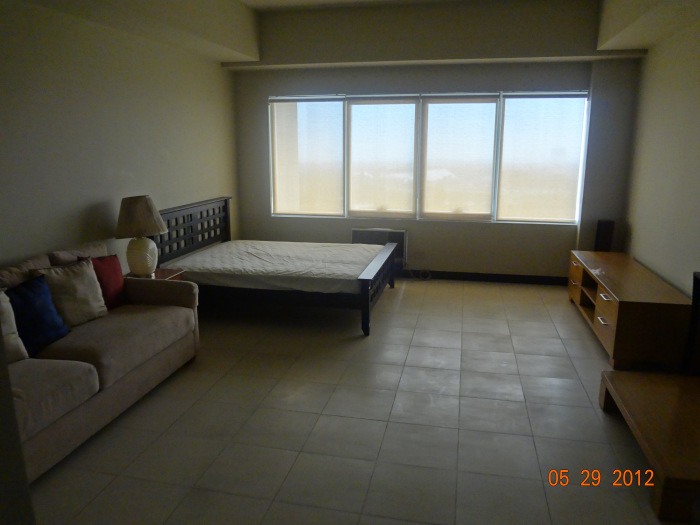 FOR SALE: Apartment / Condo / Townhouse Manila Metropolitan Area > Makati 4