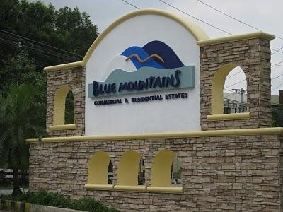 Entrance Blue Mountain