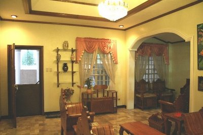 FOR RENT / LEASE: House Manila Metropolitan Area > Other areas 10