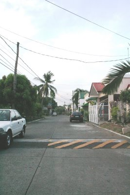FOR RENT / LEASE: House Manila Metropolitan Area > Other areas 13
