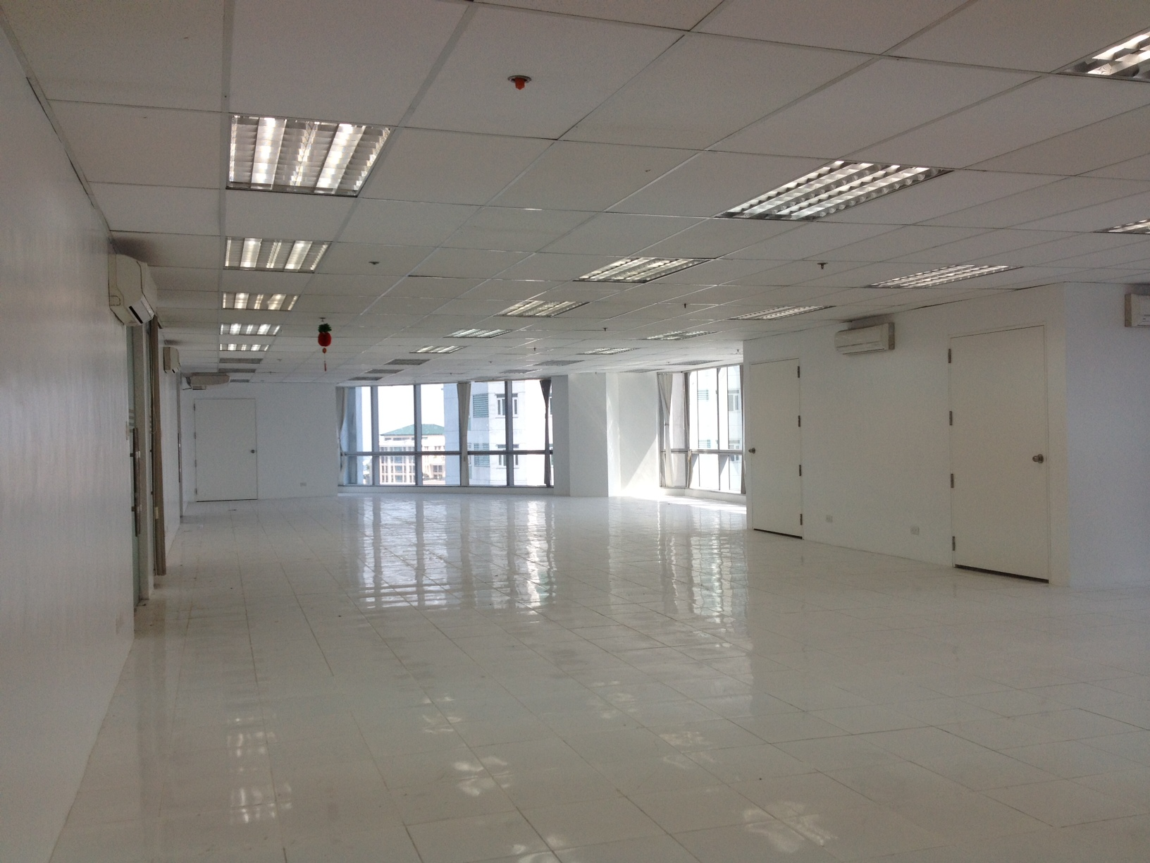 FOR RENT / LEASE: Office / Commercial / Industrial Manila Metropolitan Area > Pasig 2