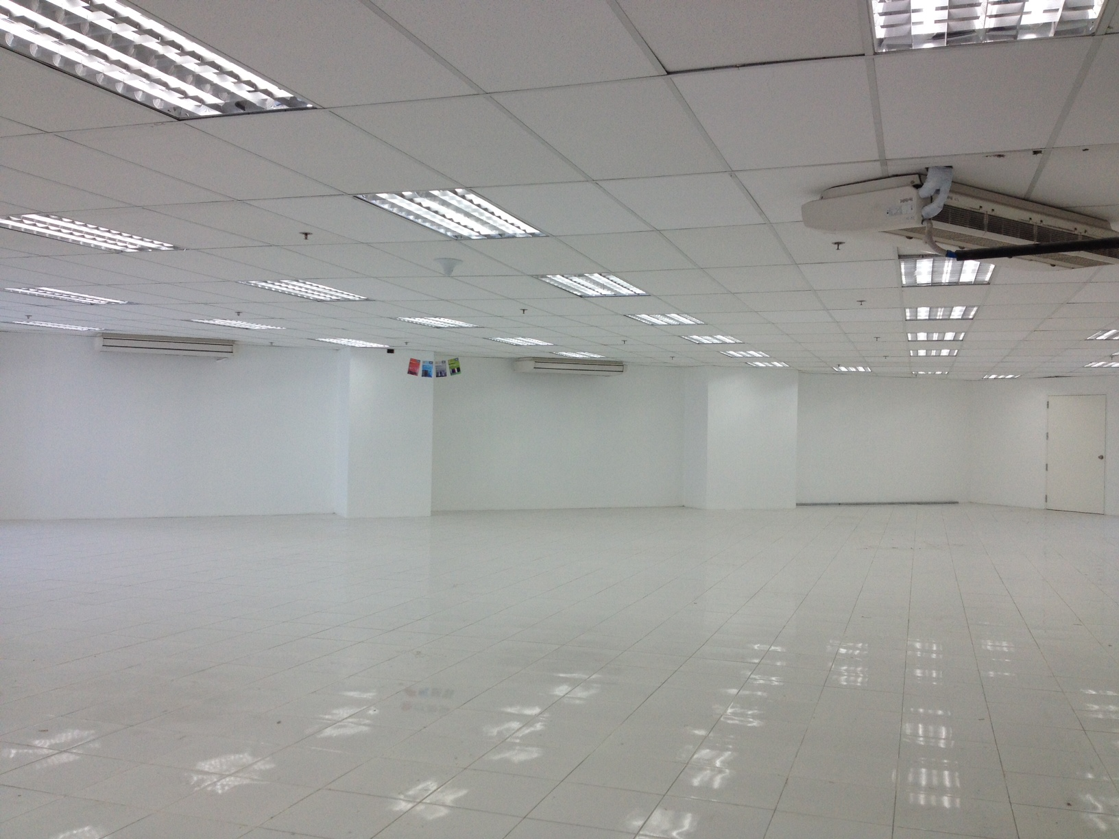 FOR RENT / LEASE: Office / Commercial / Industrial Manila Metropolitan Area > Pasig 3