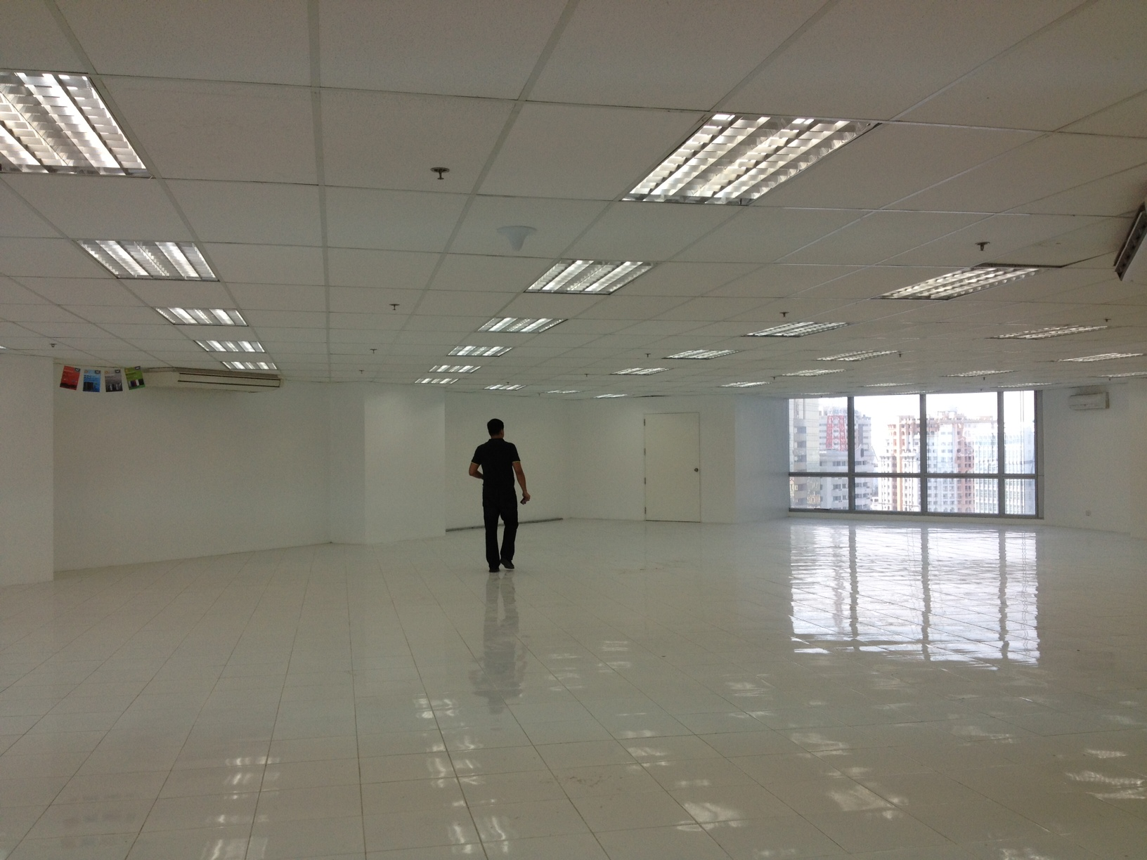 FOR RENT / LEASE: Office / Commercial / Industrial Manila Metropolitan Area > Pasig 4