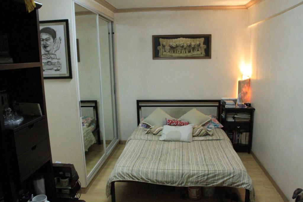 master bedroom of a 4 bedroom condo in Manila