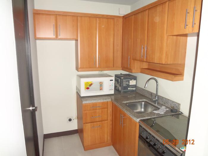 FOR SALE: Apartment / Condo / Townhouse Manila Metropolitan Area > Other areas 2