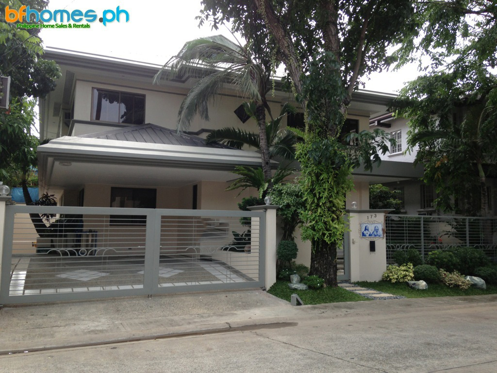 Newly Renovated Furnished House for Rent in Ayala Alabang.