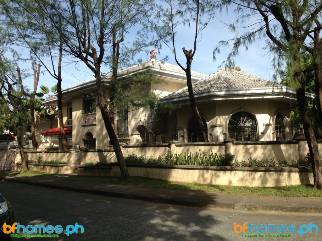 Newly Refurbished Homes for Rent in Ayala Alabang Village.