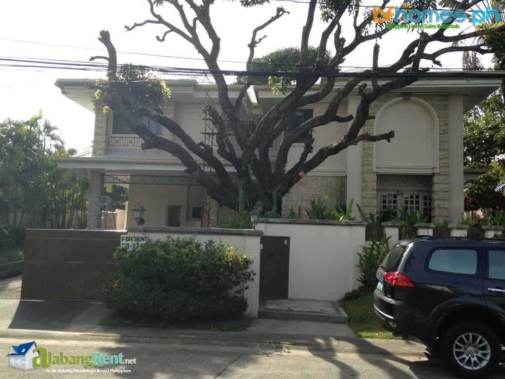 Newly Refurbished 2 Storey House with Pool in Ayala Alabang.