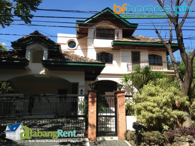 Barangay Ayala Alabang Well Maintained House with Attic for Rent.