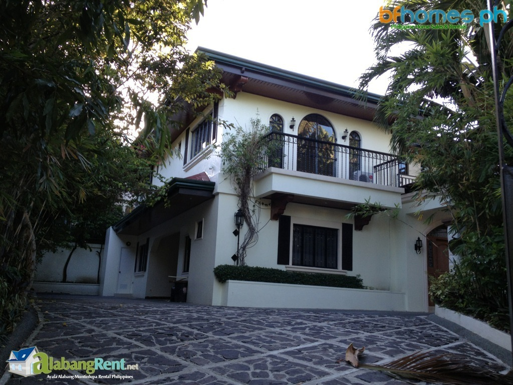 Ayala Alabang well maintain house for Rent.