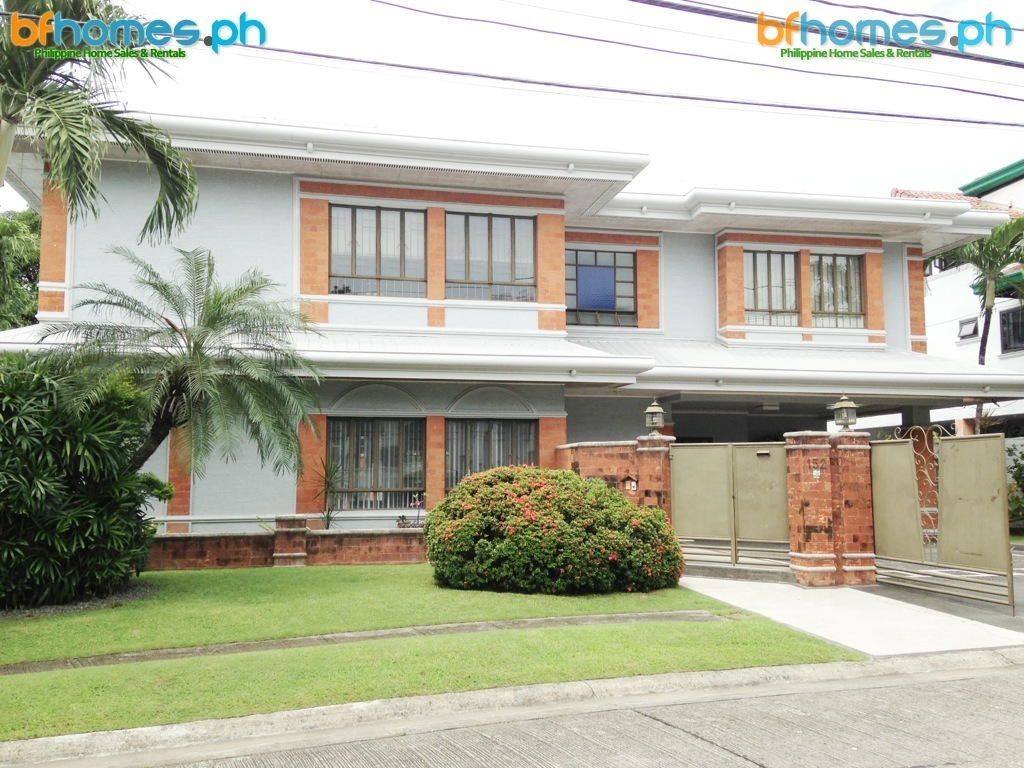 Well Maintained 2 Story Semi Furnished House with Pool.
