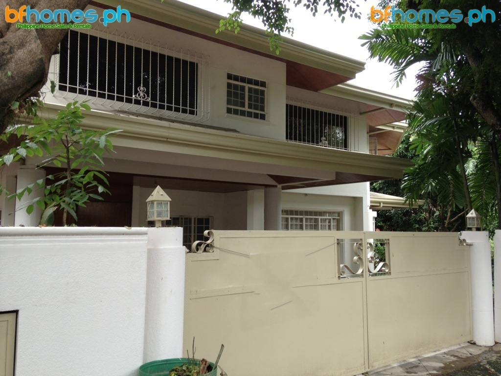 Newly Refurbished House for Rent in Ayala Alabang Village.