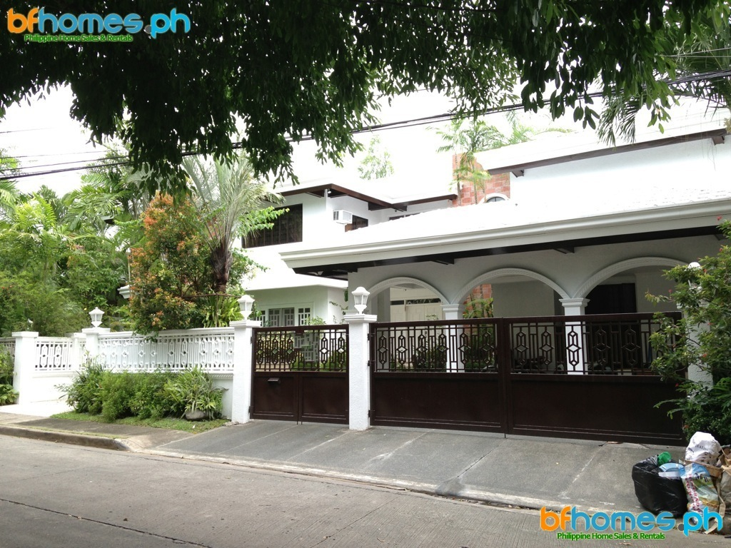 Massive 6 Bedroom House for Rent or Sale in Ayala Alabang Village.