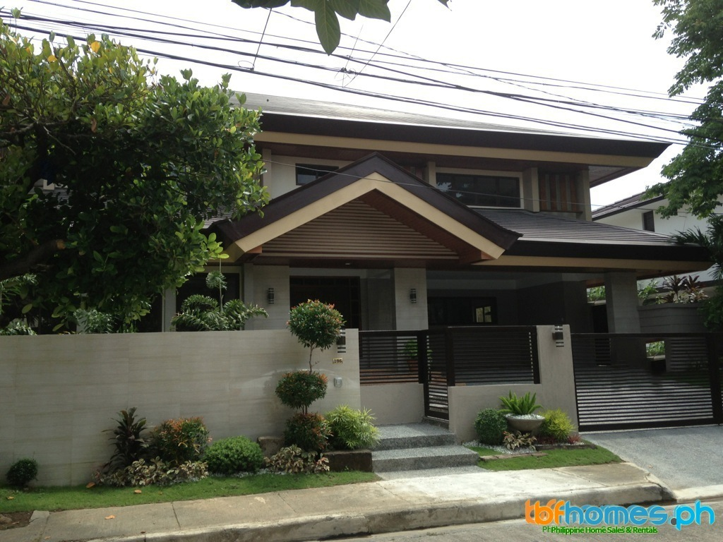 Renovated to New House for Sale in Ayala Alabang Village.