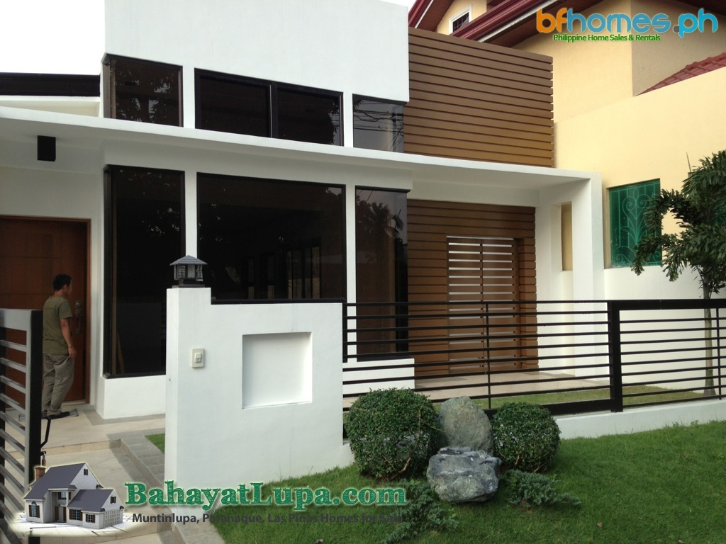 House for Sale, BF Homes Newly Renovated Bungalow.