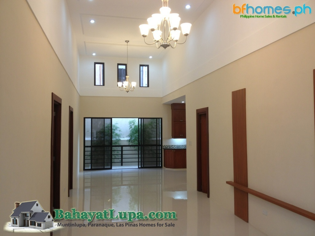Renovated to new Bungalow homes for Sale in BF Homes Philippines.