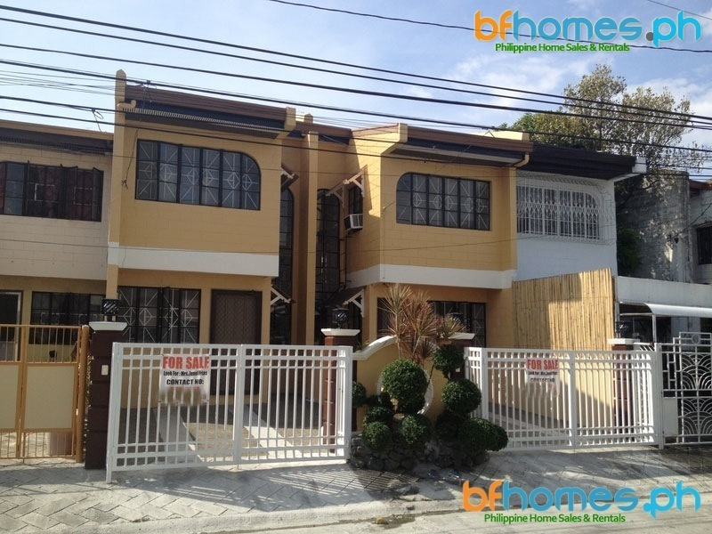 BF Homes Refurbished 2BR Townhomes for Sale at 3M.