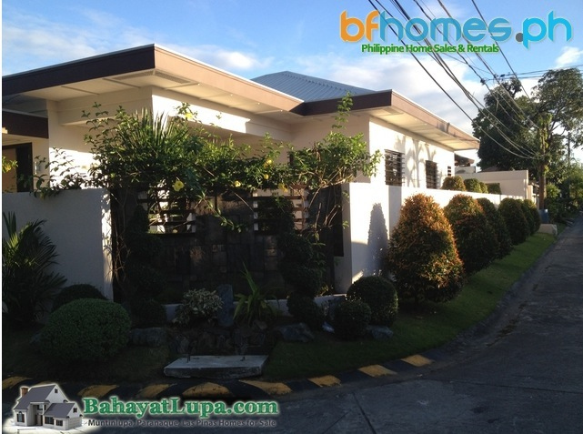 BF Homes Pque. Brandnew Bungalow homes with Swimming Pool for Sale.