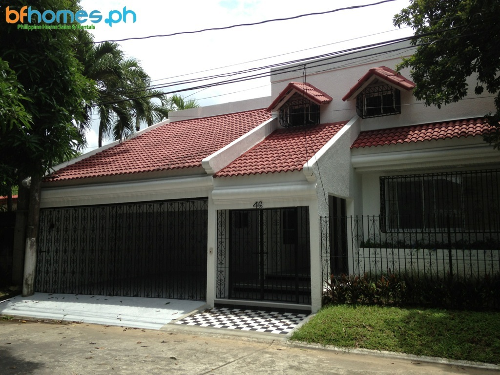 BF Homes Fully Renovated Sprawling Bungalow for Sale.